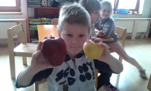 Sjajna jabuka vs.vrtićka jabuka